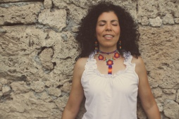 Dolores Canta