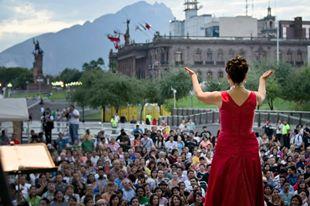 Foto Santa Lucia con publico